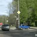 Mulher no volante perigo constante!