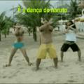 ....... Otacus fazem a dança em plena praia causando perplexo nas famílias e suas crianças, mas logo surge um ser heterificador pra acabar com aquela pouca vergonha pentagayza