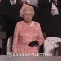 Reina mas não governa